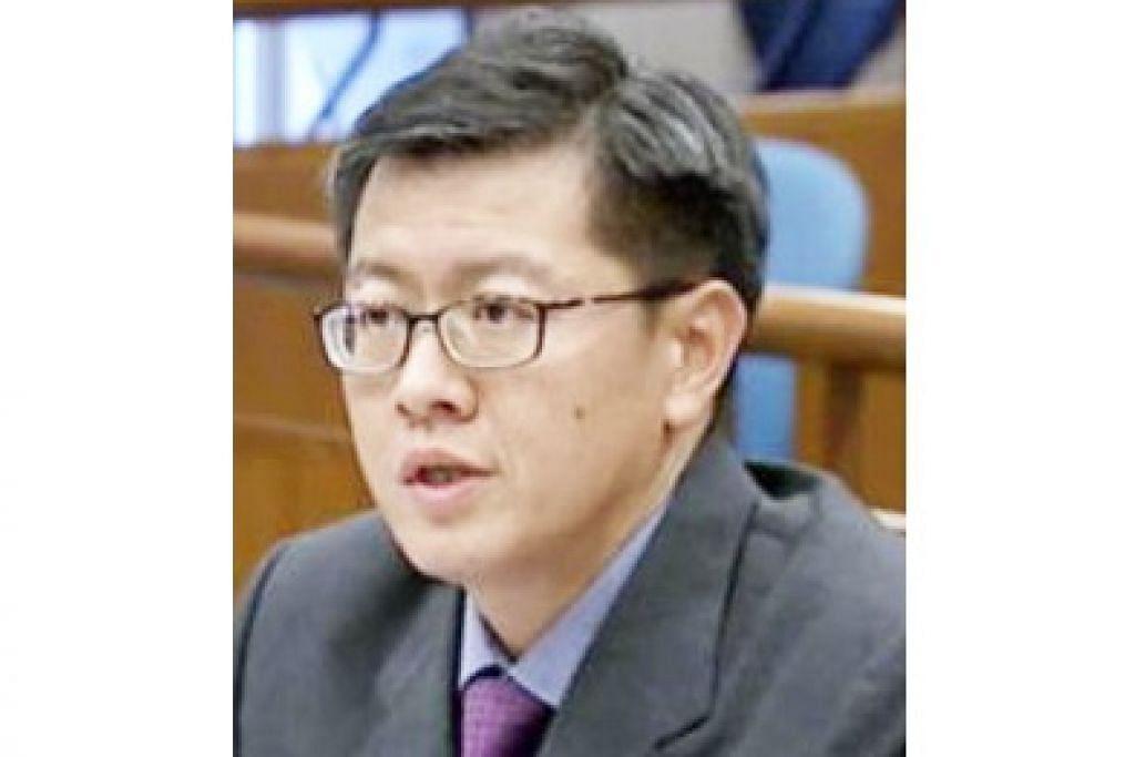 Profesor Madya Undang-Undang Dr Eugene Tan, daripada Universiti Pengurusan Singapura (SMU).