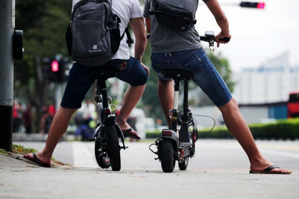 Pengguna PMD seperti e-skuter mungkin akan perlu lulus ujian teori sebelum dapat menggunakannya di laluan berbasikal. FOTO: KELVIN CHNG