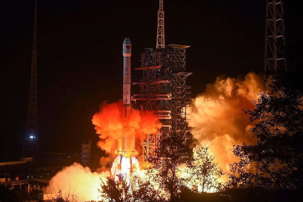 Pendaratan China di bulan satu 'pencapaian hebat'