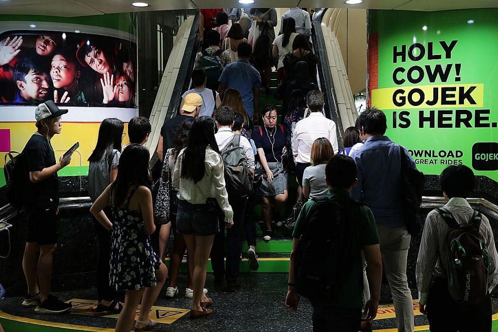 Peluang pengguna Carousell dapat baucar diskaun Gojek