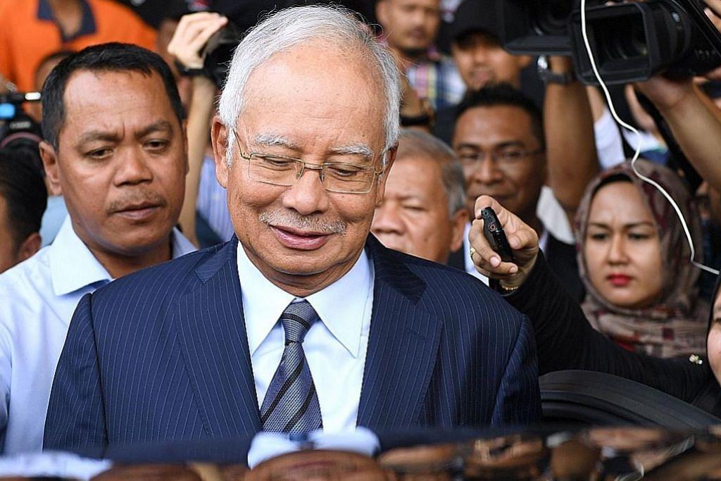 Najib dikenakan tiga lagi tuduhan; tidak mengaku salah atas kesemuanya