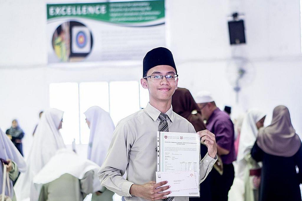 Mulanya sukar dari sekolah sekular ke madrasah, tapi keputusan periksa 'boleh tahan'
