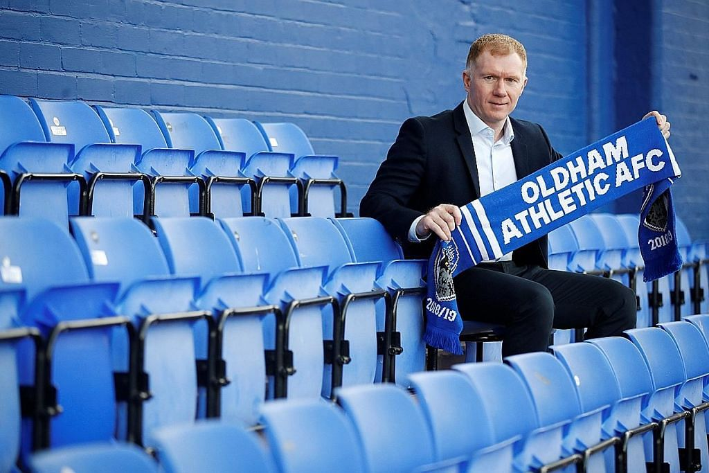 Bekas legenda Man U, Paul Scholes, kini pengurus Oldham Athletic