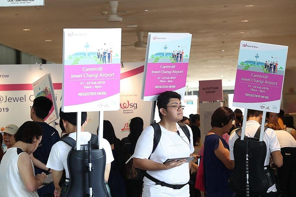 Lebih 2,000 pekerjaan ditawar di pameran kerjaya Jewel Changi Airport