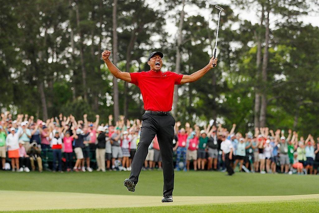 Tiger Woods bergelar juara semula