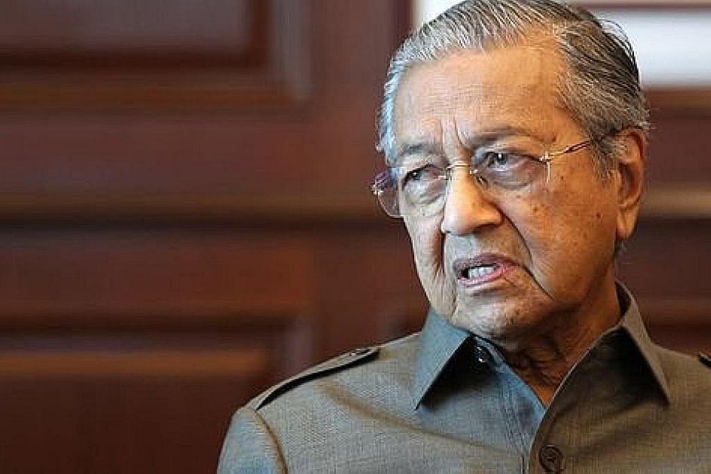 Mahathir, Mufti Perlis selisih faham isu pertahankan Islam