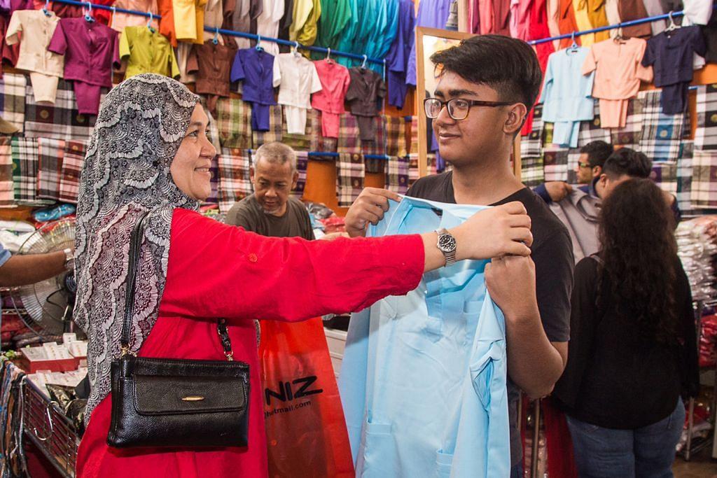 Orang ramai boleh jangka hampir 2,000 gerai di 13 bazar utama