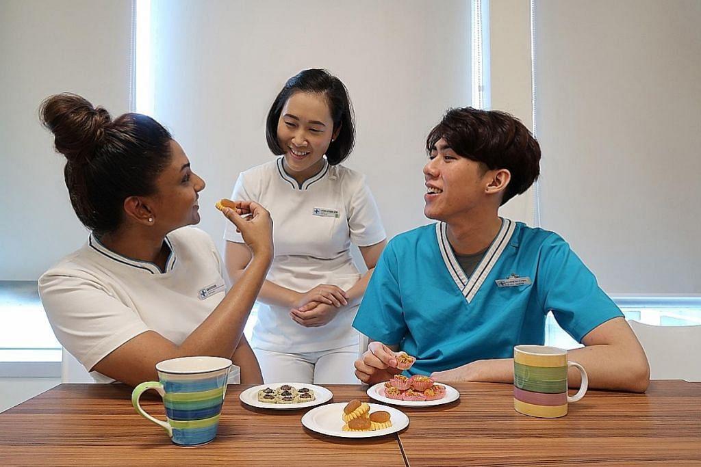 Jururawat rancang bawa kuih-muih Raya untuk dikongsi sama rakan sekerja