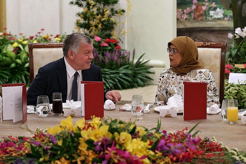 Presiden Halimah: Negara kecil perlu terus sedia tangani cabaran luar