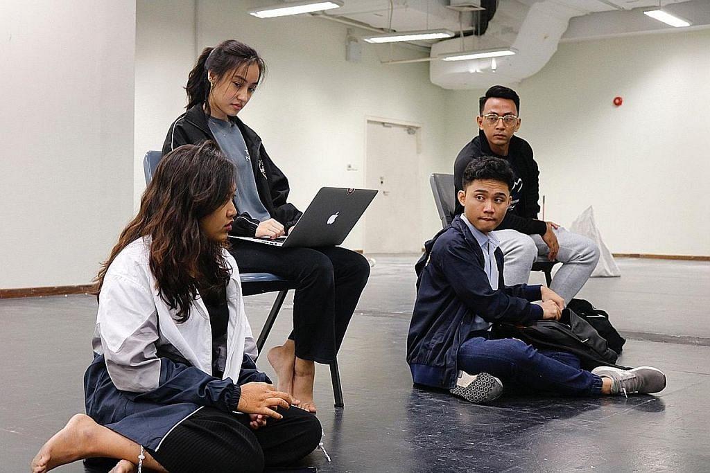 30 siswa NUS, NTU dan Lasalle akan tampil dalam 'Selubung'