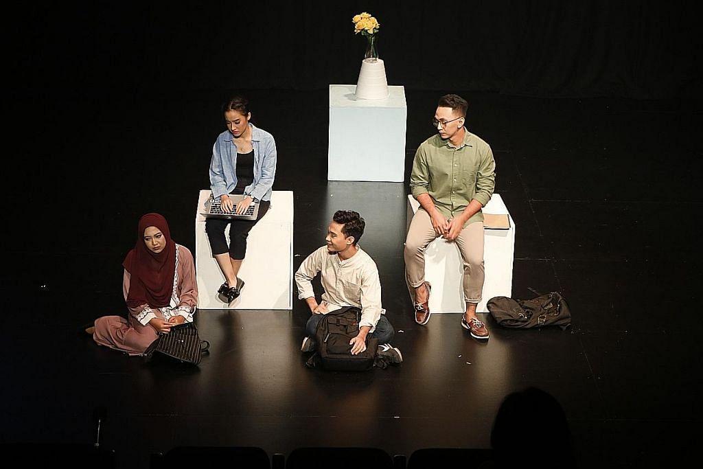 Drama 'Selubung' NUS cetus gejolak emosi ULASAN