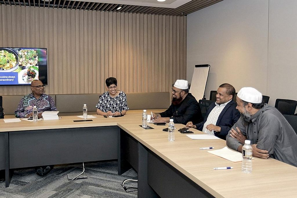 Mufti Sri Lanka lawat Geylang Serai CC tinjau hubungan antara kaum, agama