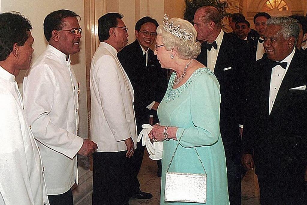 Bangga ikut jejak arwah datuk dan ayah jadi 'butler' di Istana