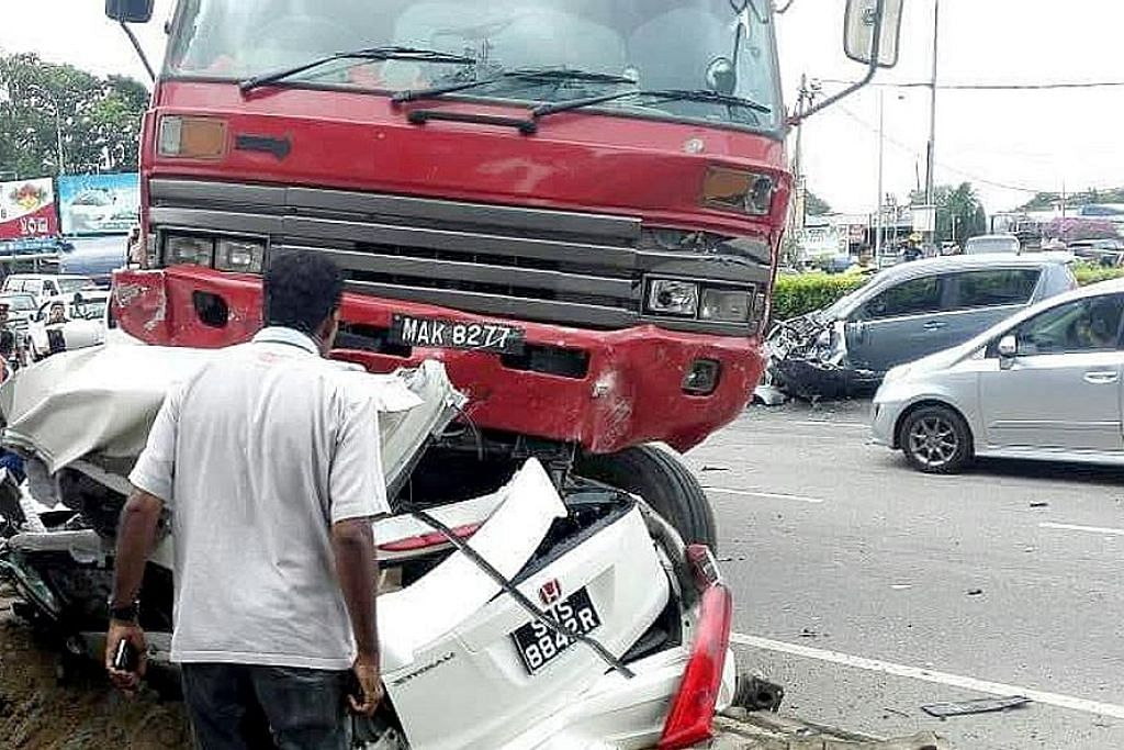 Pemandu lori sebabkan nahas maut keluarga S'pura di Port Dickson dijel 5 tahun