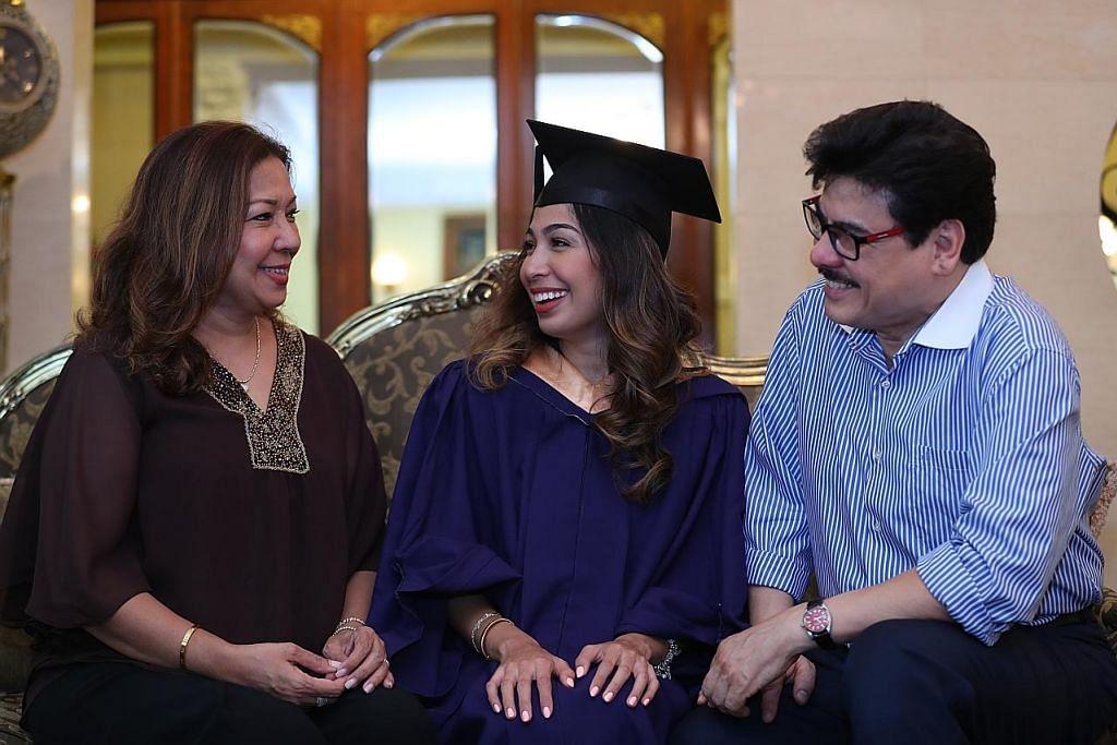 Valediktorian gagahi pelbagai dugaan; semarak semangat rakan siswa
