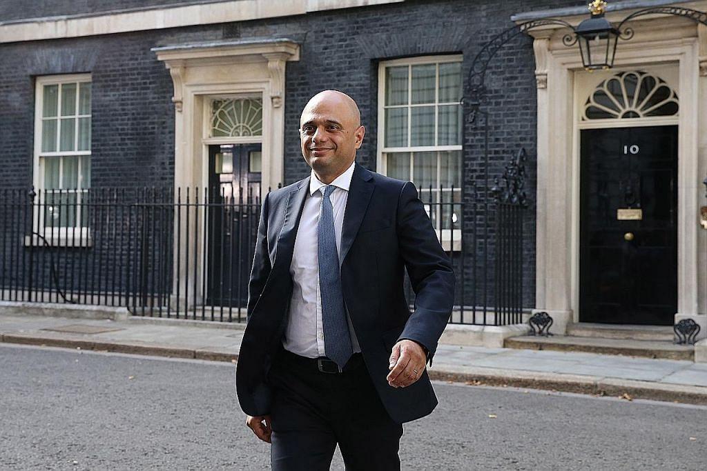 Muslim asal keluarga kelas pekerja dilantik menteri kewangan baru Britain