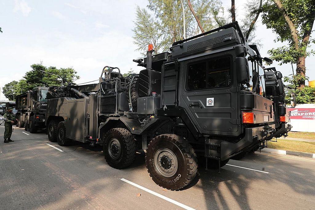 SAF perkenal trak baru dalam kontinjen kenderaan NDP
