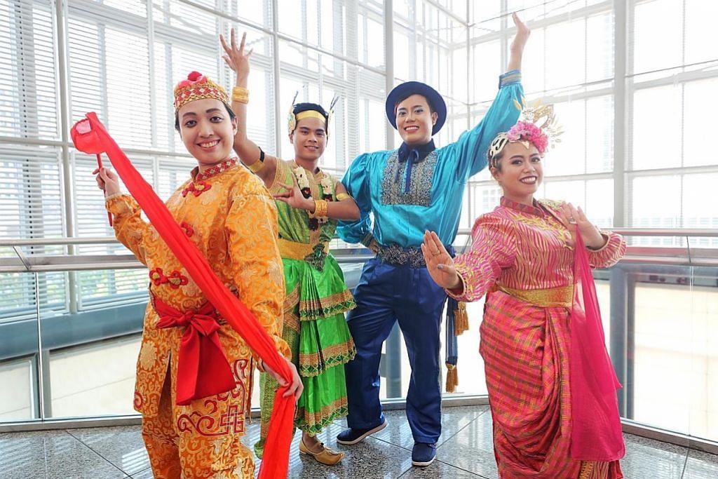 Menjelang Penari Melayu, ragam tari bangsa lain
