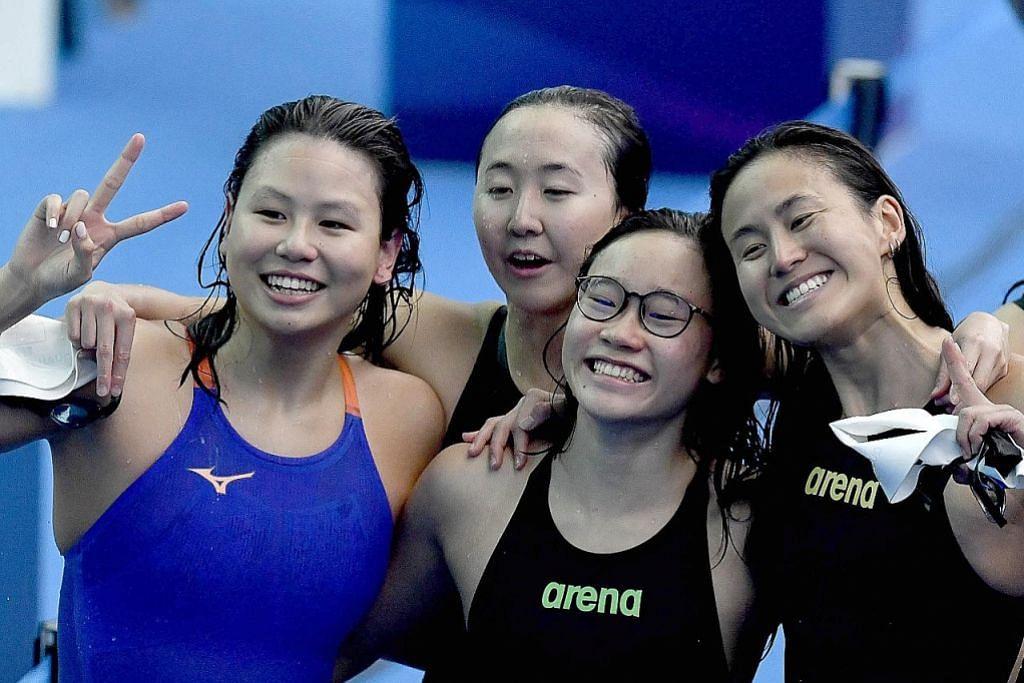 (Dari kanan) Quah Ting Wen, Gan Ching Hwee, Quah Jing Wen dan Christie Chue. - Foto SSA