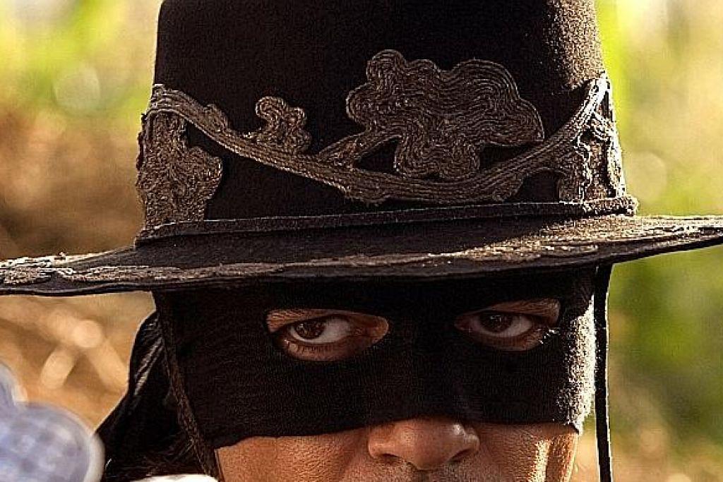 Zorro bertopeng dulu sebelum Batman