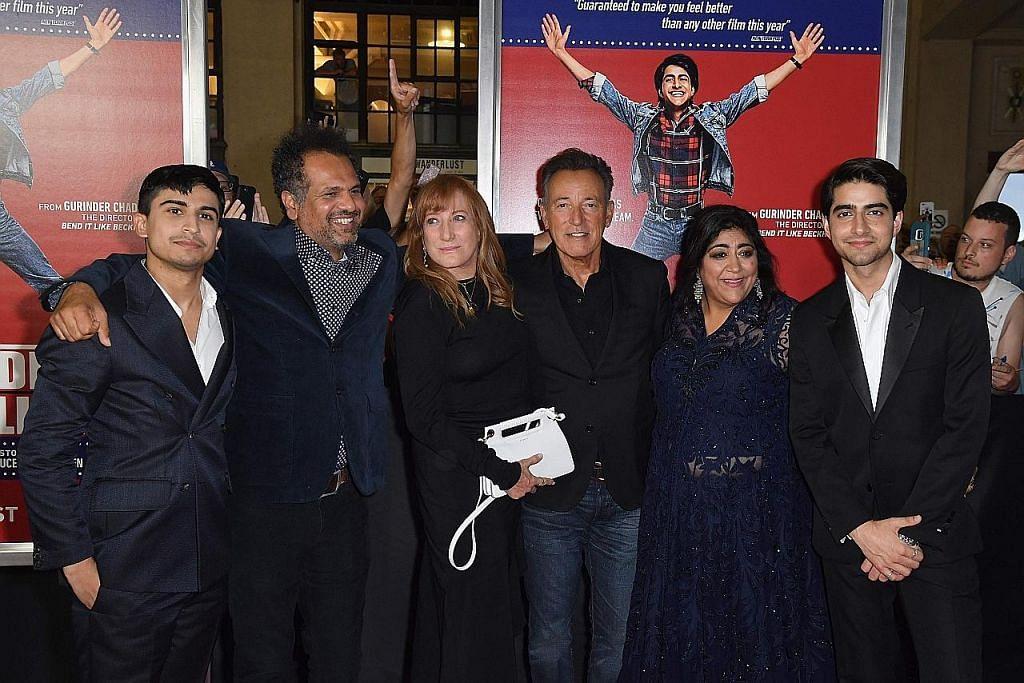 Penyanyi Bruce Springsteen tidak 'buta' pada keperluan 'Blinded by the Light'