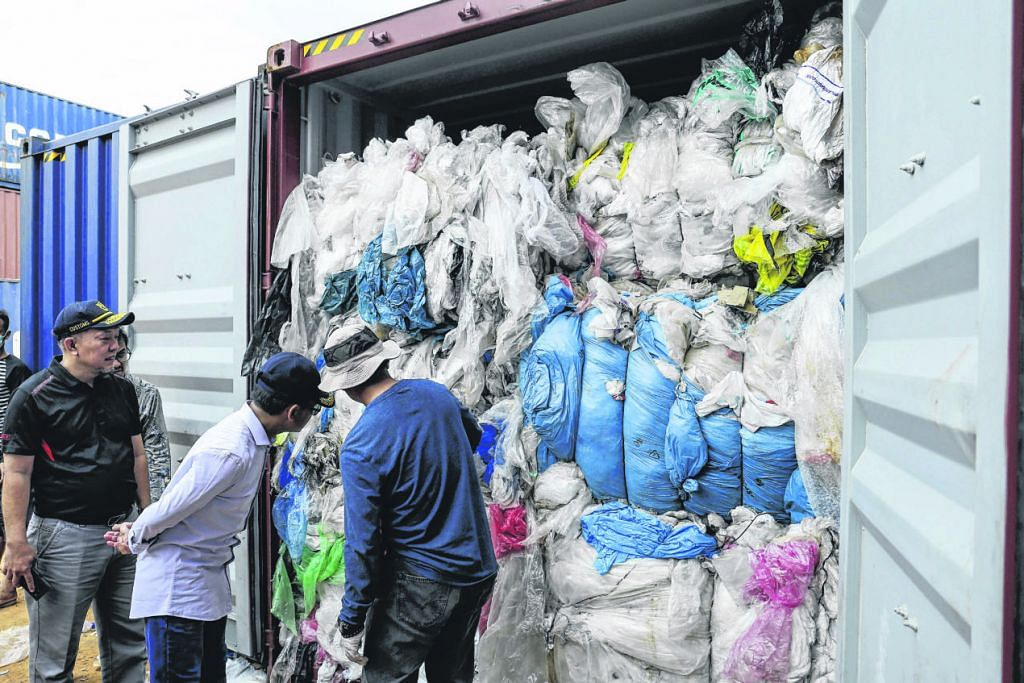 Negara di Asia pulangkan sampah kepada negara asal