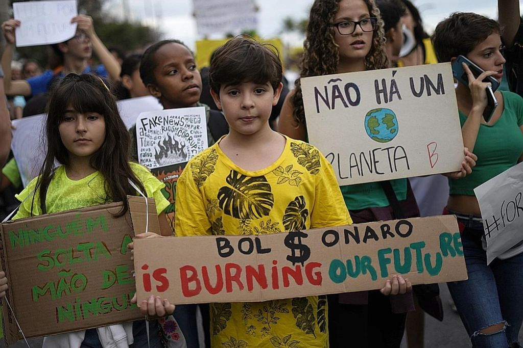 Hutan Amazon semakin hangus