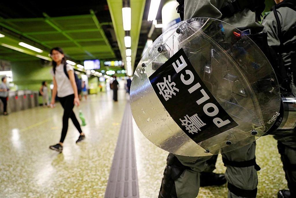 Sistem kereta api HK pulih susulan tunjuk perasaan