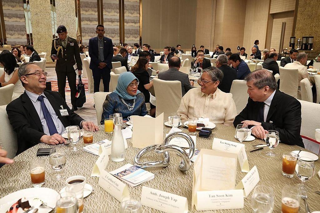 LAWATAN PRESIDEN HALIMAH KE FILIPINA S'pura, Filipina harus perkukuh hubungan, sedang ekonomi global tidak menentu