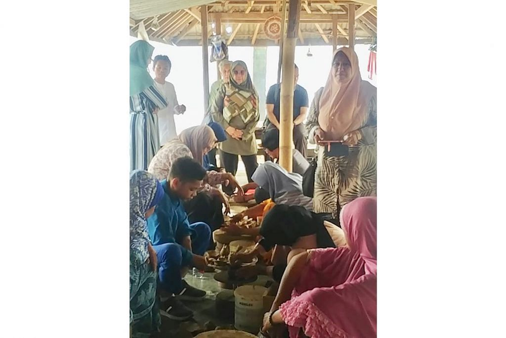 Ibadah korban, wisata ke Lombok