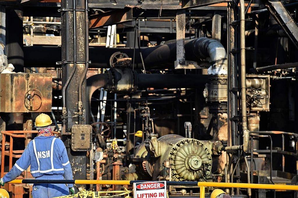 Risiko harga minyak tinggi naikkan inflasi EKONOMI