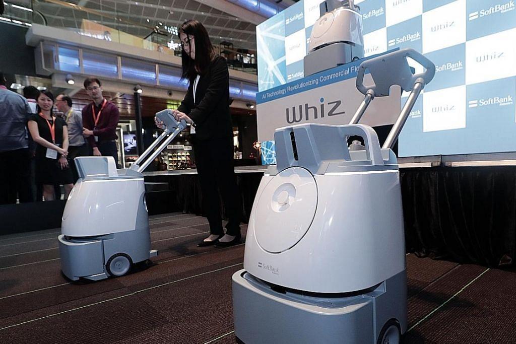 SoftBank Robotics lancar robot pembersih vakum di S'pura