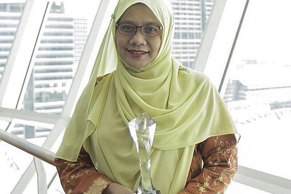 Ikut rentak sajak Melayu agar terjemahan ke bahasa Inggeris 'kena'