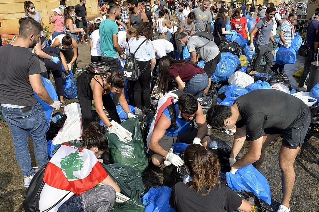 Warga Lebanon berkumpul kutip sampah... sehari selepas bantahan