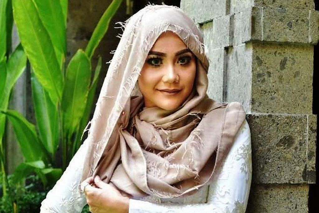 Paduan suara Sazu dan bintang Indonesia mantap