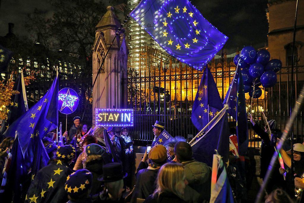 Parti politik Britain lancar kempen pilihan raya, janji hurai kemelut Brexit