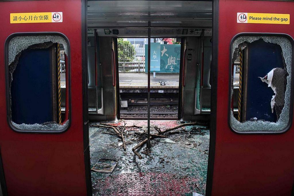 Kereta api di HK jadi sasaran bantahan