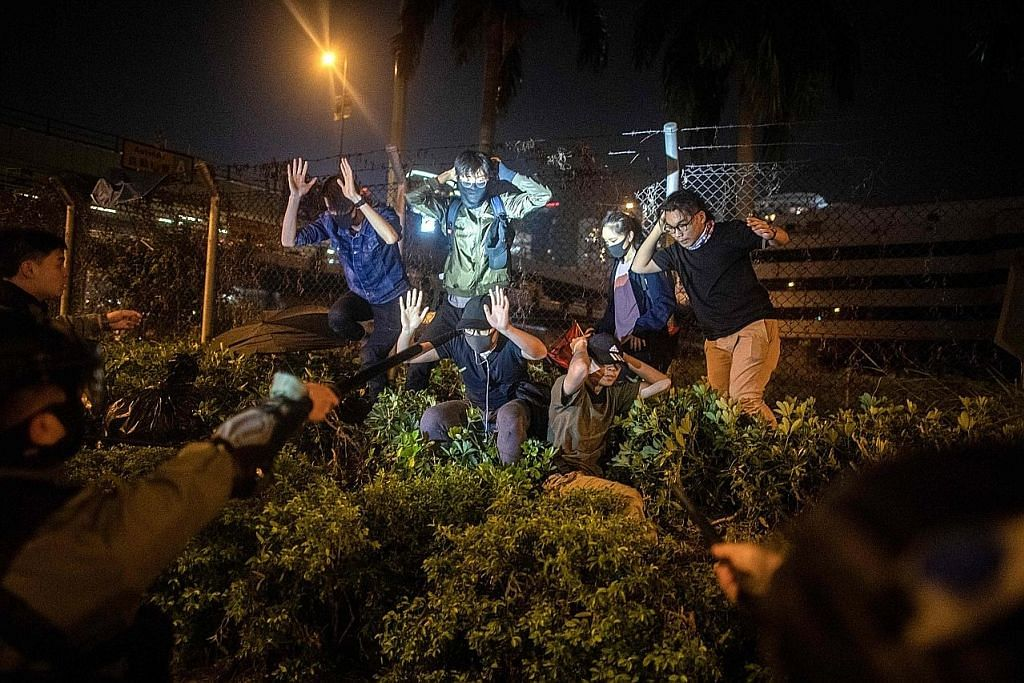 PERGOLAKAN DI HONG KONG Setiausaha Keselamatan HK gesa penunjuk perasaan serah diri secara aman