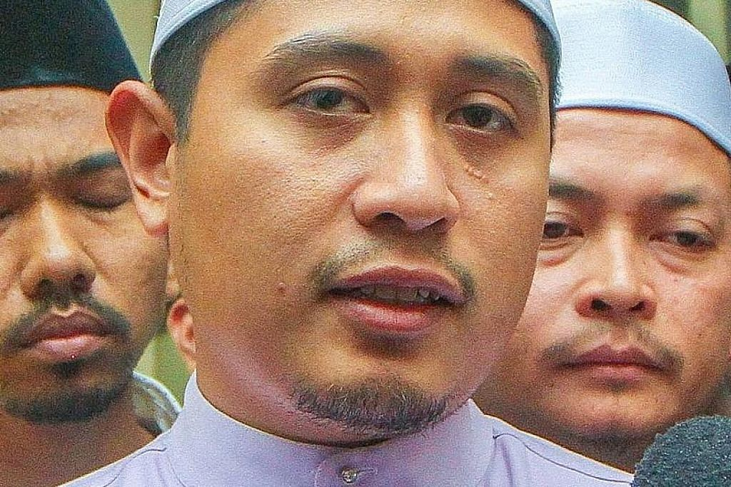 Pemimpin belia PKR sokong Azmin, bantah pucuk kepimpinan