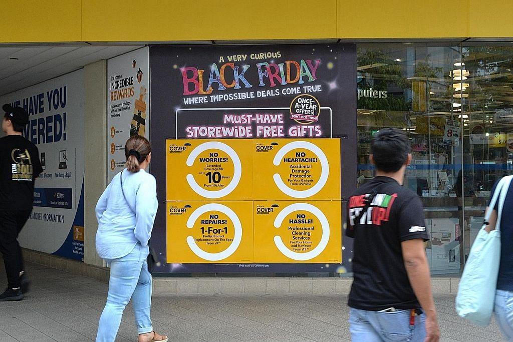 Pembeli rebut peluang diskaun 'Black Friday'