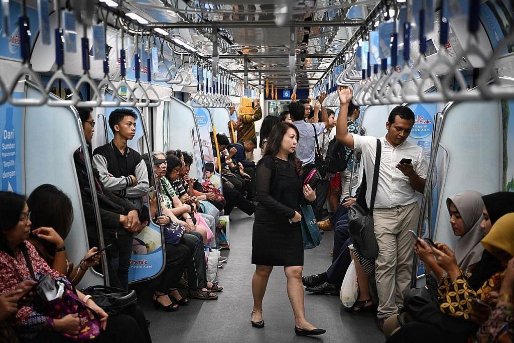 Indonesia siap belanja $54.5b luas rangkaian kereta api Jakarta