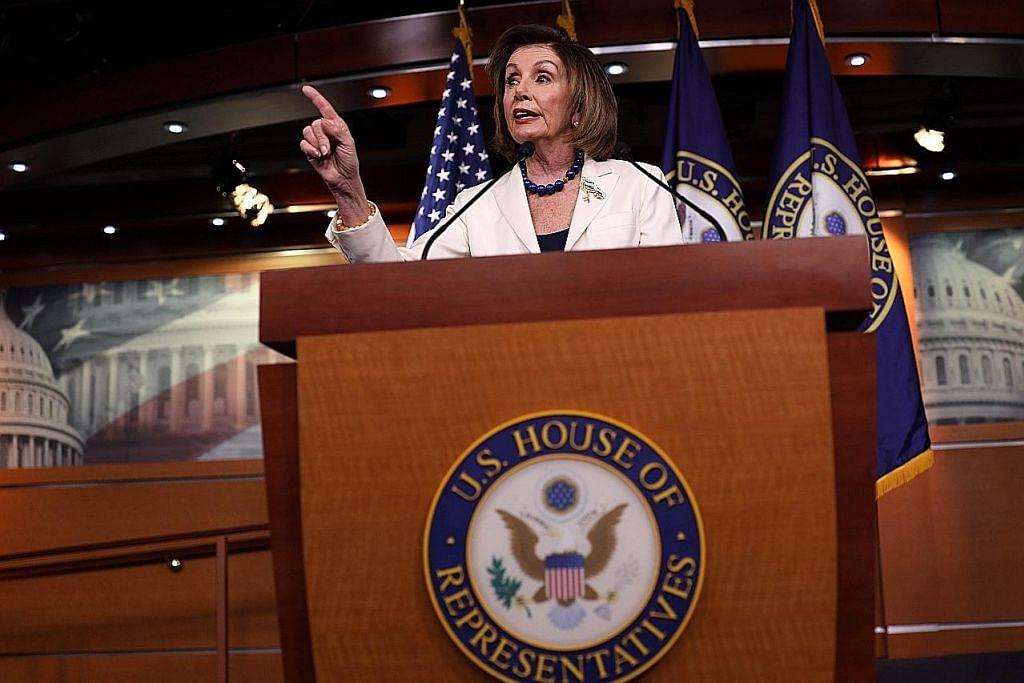 Pelosi arah panel untuk draf artikel dakwa Trump