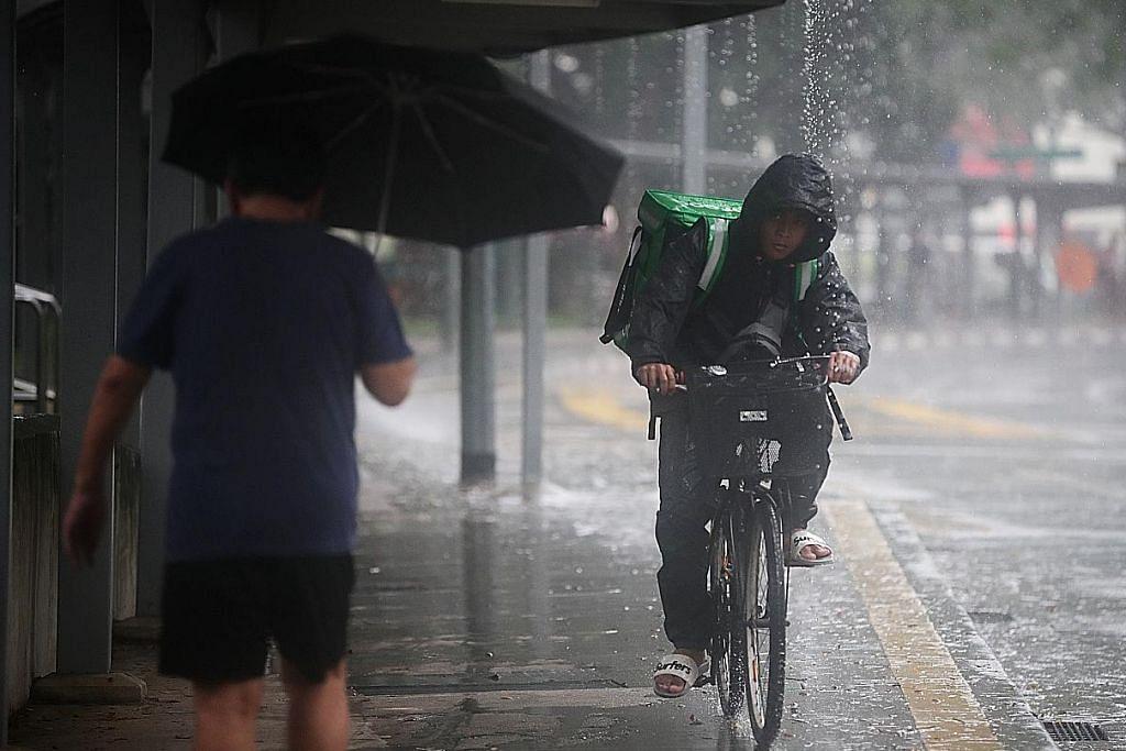 Hujan berterusan jejas sesetengah penduduk, tapi niaga dobi naik