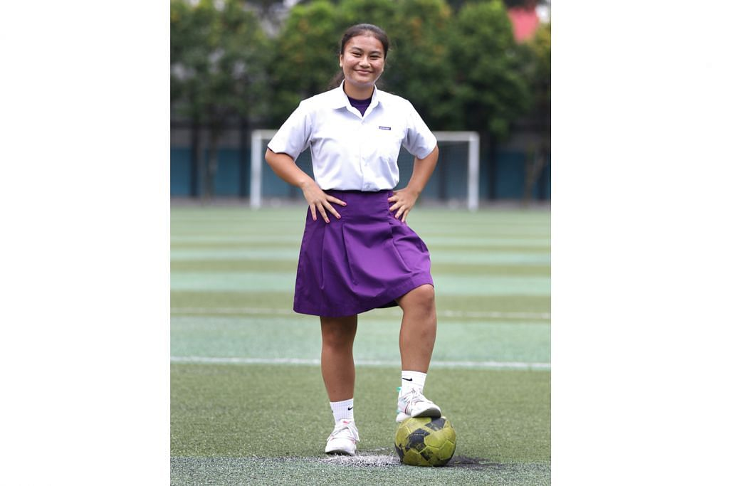 Remaja berbakat di padang bola imbangi tuntutan pelajaran