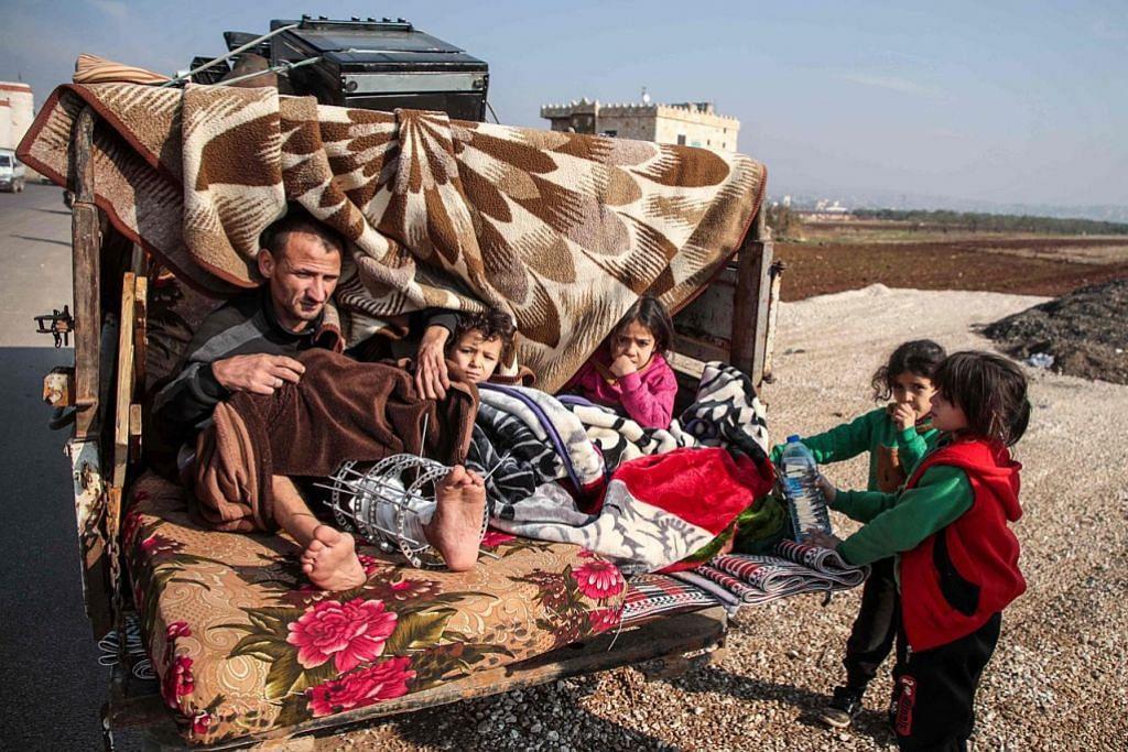 Lebih 30,000 penduduk bandar Syria larikan diri