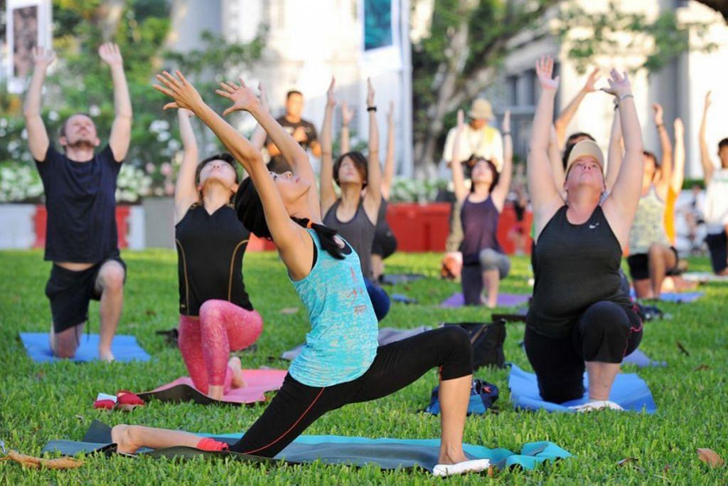 KATAKAN 'YA' PADA SENAMAN: Amalan gaya hidup sihat memerlukan kita berdisiplin dan melakukan senaman seiring dengan kemampuan sendiri. Menjelang tahun baru, alangkah baiknya jika kita memulakan tabiat bersenam agar kekal sihat untuk masa akan datang. – Foto fail ST