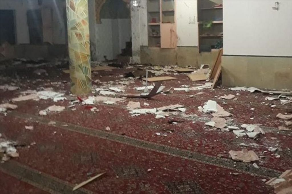 Letupan di bandar Quetta turut mencederakan 11 orang. FOTO: TWITTER/ ASIM AHMED KHAN