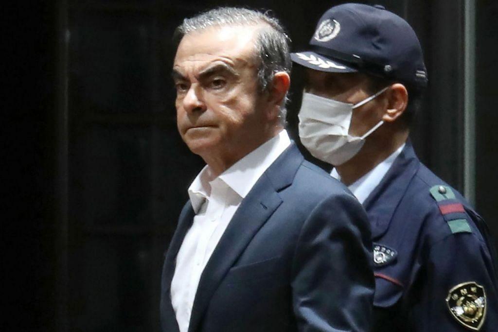 JADI BURUAN: Carlos Ghosn kini jadi buruan pihak berkuasa Jepun selepas melarikan dari negara itu ke Lebanon. Dia juga diletakkan dalam notis Interpol bagi penahanannya. – Foto AFP