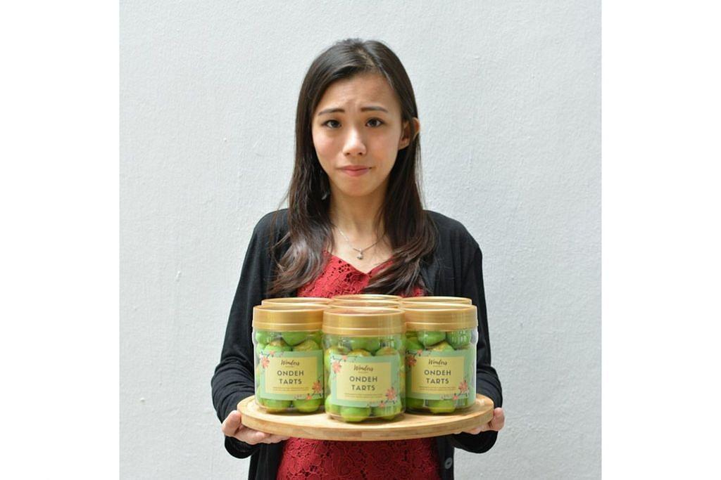 LAIN DARIPADA BIASA: Tart onde-onde yang dinamakan Ondeh Tarts di kedai kek Wonders Bakery milik Cik Ayra Chee laris dijual sempena Tahun Baru Cina. - Foto ihsan AYRA CHEE