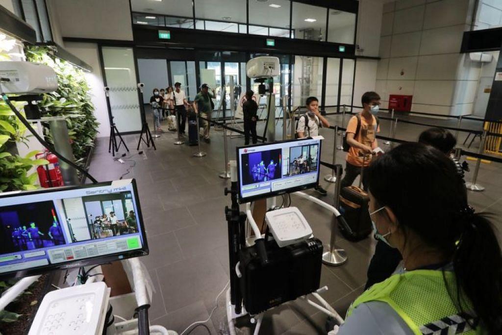 Stesen pemeriksaan suhu bahan di Pusat Pemeriksaan Tuas pada 24 Januari lalu. - Foto BH oleh KELVIN CHNG